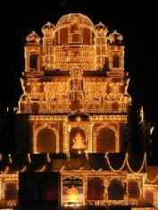Shrimant Dagdusheth Halwai Ganpati-temple.jpeg